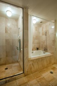 A bathroom at Camel Hotel Resort