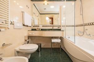 A bathroom at Hotel Maggior Consiglio