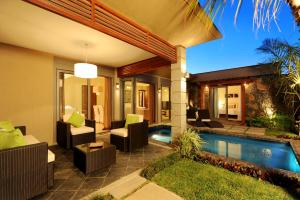 The swimming pool at or near Athena Villas by Evaco