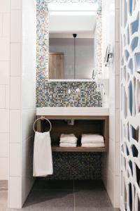 A bathroom at Fletcher Hotel-Restaurant Weert (Former Golden Tulip Weert)