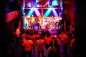 Activités en soirée proposées aux clients de l'établissement Ace Hotel New Orleans