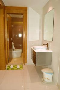 Um banheiro em Yara Suites