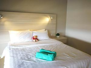 Katil atau katil-katil dalam bilik di Seaview Luxury Studio @ Butterworth, Penang