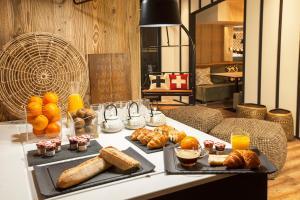 Options de petit-déjeuner proposées aux clients de l'établissement Mercure Chambéry Centre