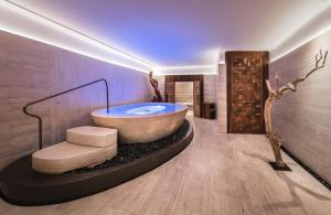 Un baño de Rosewood Villa Magna