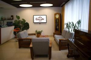 Гостиная зона в Cascade Hotel