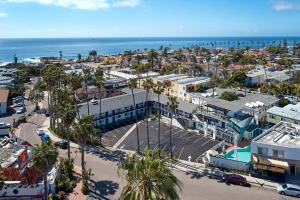 A bird's-eye view of The Shoal Hotel La Jolla Beach