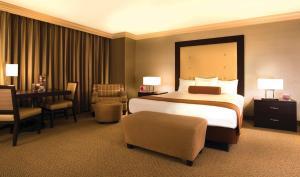 里約全套房酒店&賭場房間的床