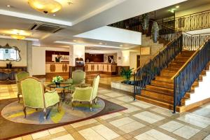 The lobby or reception area at Heritage Auckland, A Heritage Hotel