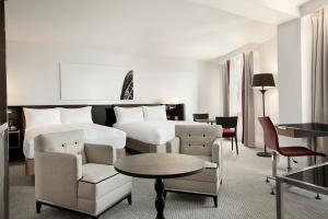 A seating area at Hilton London Angel Islington