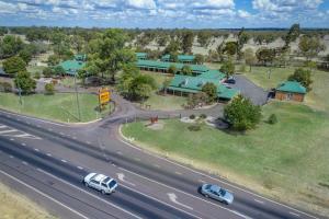 A bird's-eye view of Overlander Homestead Motel