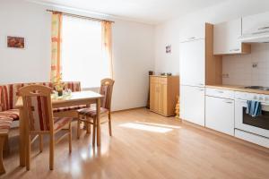 Küche/Küchenzeile in der Unterkunft Pension Schließelberger