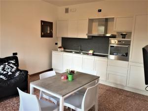 Кухня или мини-кухня в Hotel Riviera dei Dogi