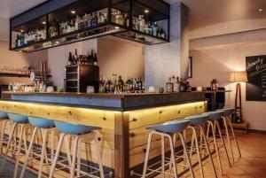 Lounge oder Bar in der Unterkunft Hotel Zur alten Post
