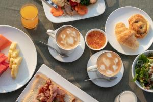 Breakfast options available to guests at Penh House Hotel