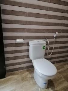 A bathroom at Zahra Apartments
