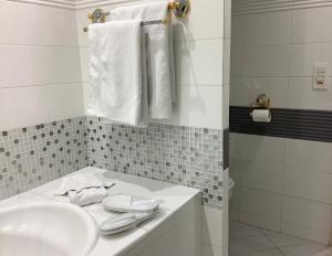 A bathroom at Hotel Diana