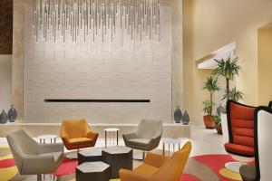 A seating area at Park Mall Hotel & Conference Center