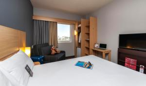 A television and/or entertainment center at ibis Sorocaba