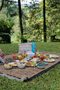 Breakfast options available to guests at Villa Puncak by Plataran