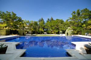 The swimming pool at or near Best Western Villa Maria Hotel