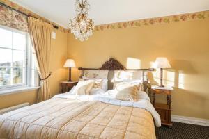 Łóżko lub łóżka w pokoju w obiekcie Geilo Mountain Lodge