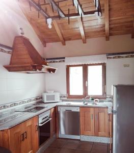 Köök või kööginurk majutusasutuses Casa de aldea Amezaga