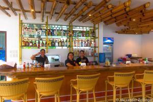 The lounge or bar area at Alona Vida Beach Hill Resort