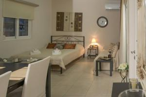 A bed or beds in a room at Perfect View Luxury Apartment