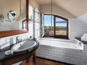Łazienka w obiekcie Zamek Łeba