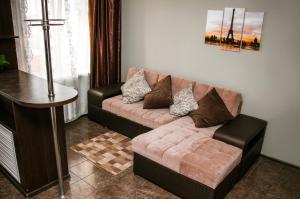 A seating area at Apartment 2Pillows Saburowskaya