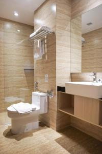 A bathroom at Midtown Residence Simatupang Jakarta