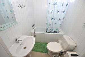 """Ванная комната в гостевой дом """"Владивосток"""""""