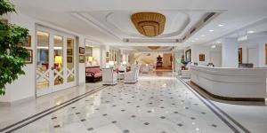 Hall o reception di Grand Hotel Riviera