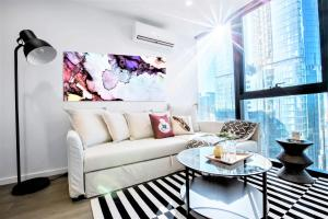 A seating area at Cosmo Central Hotel Apartment