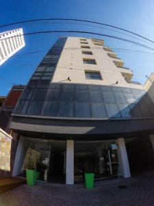 El edificio en el que está el aparthotel