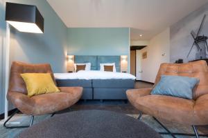 Een zitgedeelte bij Hotel Kaap West I Kloeg Collection