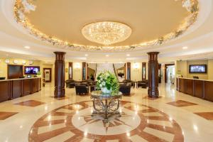 The lobby or reception area at M`Istra`L Hotel & SPA