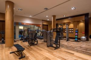 Gimnasio o instalaciones de fitness de Doubletree By Hilton La Torre Golf Resort