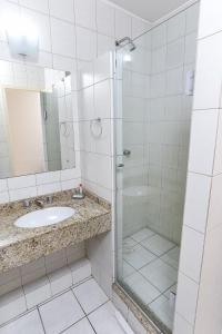 Ванная комната в Hotel Express Mauá