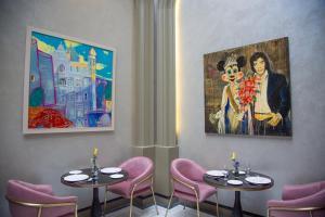 مطعم أو مكان آخر لتناول الطعام في ART Gallery Boutique Hotel