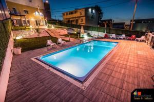 The swimming pool at or near Apartamentos Camino De Finisterre