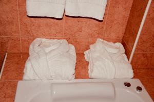 A bathroom at Hotel Torrepalma