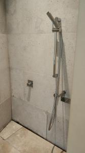A bathroom at Parador de Alcalá de Henares