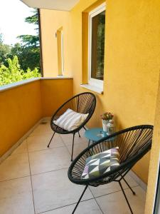 A balcony or terrace at Apartments Lucija