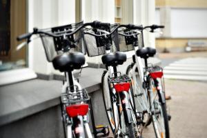 Radfahren an der Unterkunft ABC Hotel oder in der Nähe