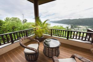 A balcony or terrace at Ocean Terrace