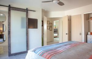 A bed or beds in a room at Terra Soul