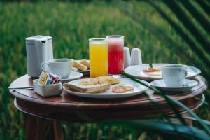 Breakfast options available to guests at Kapu Kapu Ubud