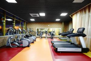 The fitness centre and/or fitness facilities at Grand Wellness Novahovo Hotel & Spa